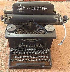 Typewriter for auction s300