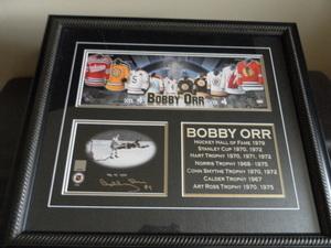 Item 1   bobby orr signed print s300