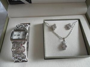Item 11   women s jewelry set   diamond s300