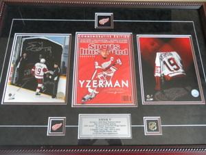 Item 13   steve yzerman signed print s300