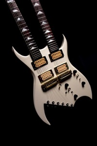 Lita ford   1983 custom b.c. rich double neck custom prototype  the twins  8121 s300