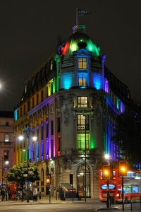 1. one aldwych   multicoloured lighting s300