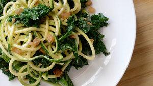 Creamy kale zucchini pasta pfb s300
