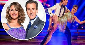 Main anton du beke finally gets strictly come dancing praise following jive with katie derham s300