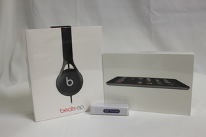 Headphones ipad s300