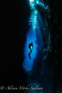 Cavern scenic 1475 1 s300