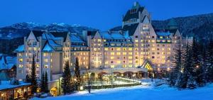 Pic fairmont chateau whistler evening snow s300