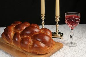 Shabbat dinner s300