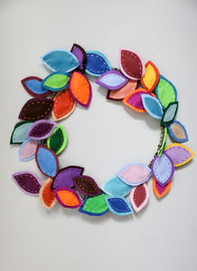 Judy wreath s300