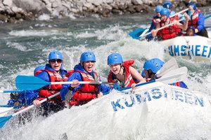 Kumsheen rafting resort  22  s300