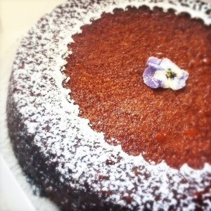 Almond cake with amaretto gluten free.a28ec5d715d8063ff6996c16bf951393 s550 s300