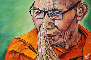 Praying monk e s300