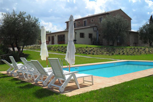 Tuscanyvilla1 s300