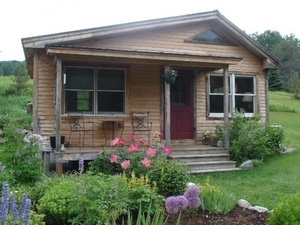 Vermont guest cottage s300