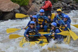 Fdrd staff raft trip s300