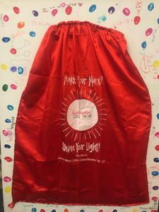 Kindergarten red cape s300