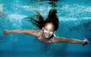 Swim girl 2011 004021f353dab s300