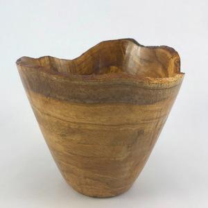 Black oak burl bowl 777 s300