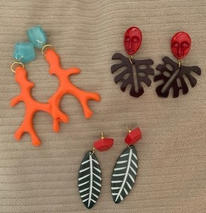 Earrings for auction s300